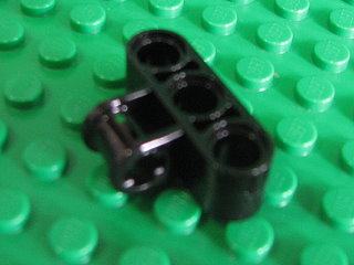 Technic, Axle and Pin Connector Perpendicular Triple 黑色